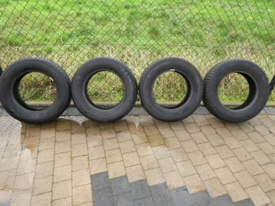 4 nieuwe banden 205/65/R15